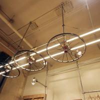 TOKYO Wheels 大阪 Store 照明オブジェ